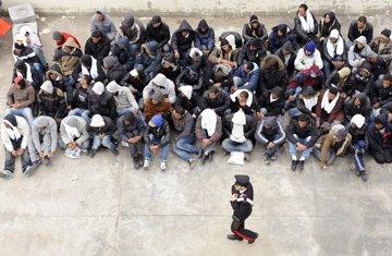 Tunisian Migrant workers stuck in Libya