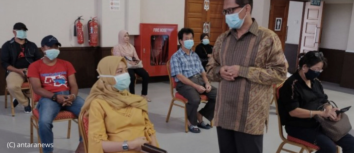 98 Indonesian migrant workers went back to their home