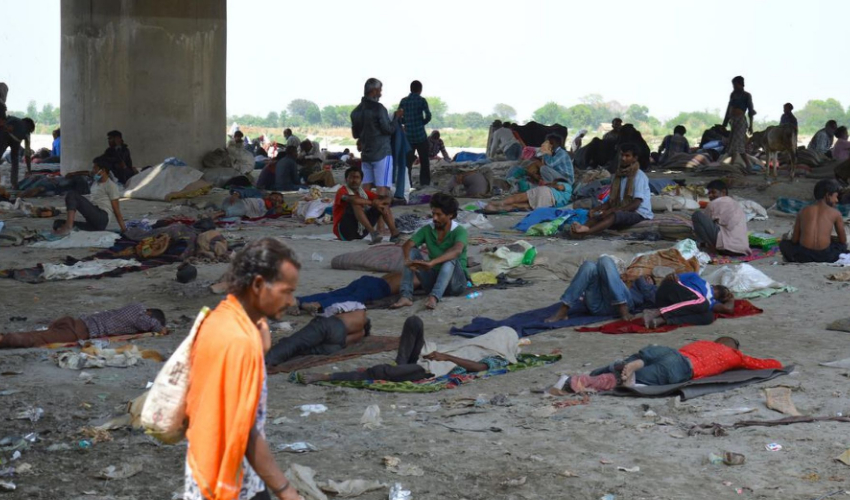 Hundreds of Indian migrant workers have been stranded on India-Nepal border