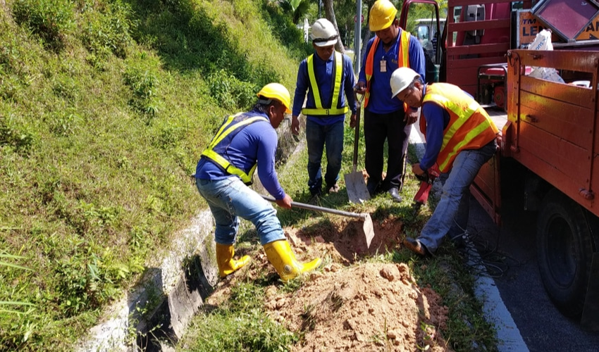Foreign worker is commonly hired by local contractor company in Malaysia