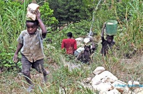 Covid-19 lockdown increases both financial crisis and child labor in Uganda