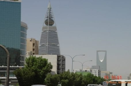 Saudi Arabia introduces new penalties to protect labor rights