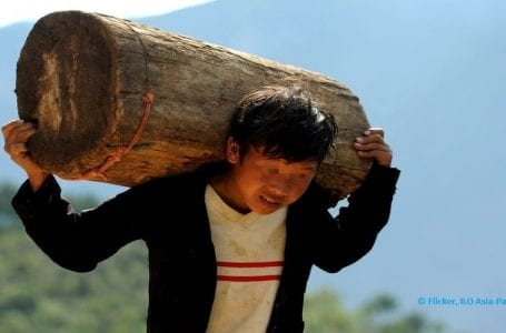 International Labor Organization's convention on child labor receives universal approval