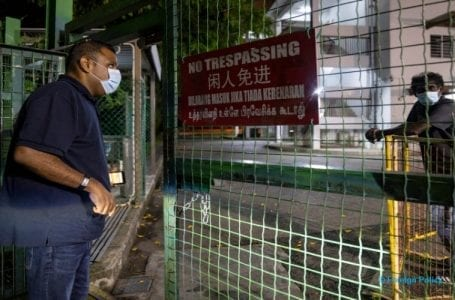 Restrictions on migrant workers' movements highly concerning: Singapore rights groups