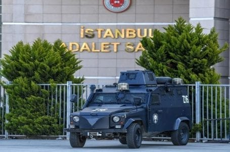 Thousands of minors have been arraigned in Turkey on charges of insulting the president.