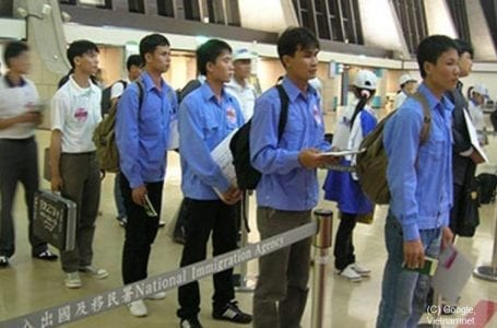 ILO lauds Vietnam's new law protecting migrant workers