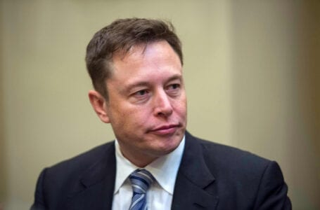 Elon Musk & Tesla repeatedly violate US labor laws, including 2018 anti-union tweet by the CEO