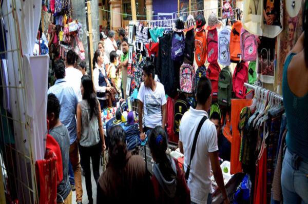 Informal workers in Latin America and Caribbean bear COVID-19 brunt