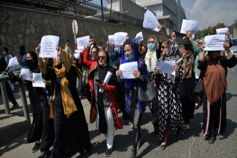 Journalists Manhandled Over Covering Women Rights Protests