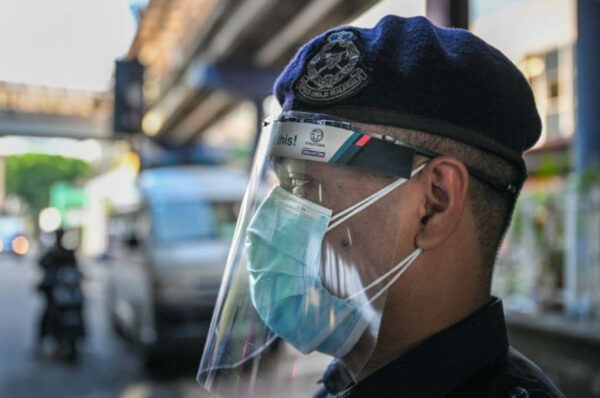 Malaysia: Calls for halting crackdown on undocumented workers grow