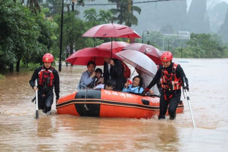 migrant workers china flood