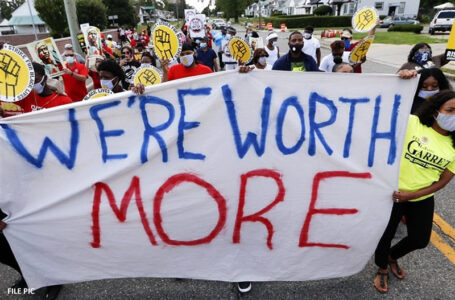 More than 10,000 workers protest in US demanding fair pay and healthcare provision