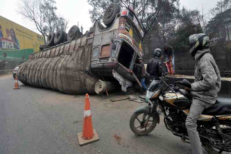 15 migrant workers crushed to death