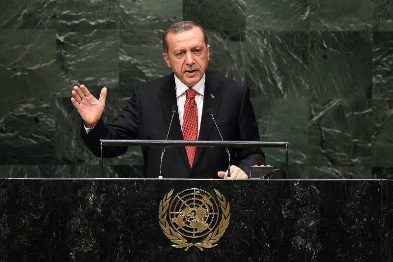 Erdogan tries to woo EU for bloc's membership